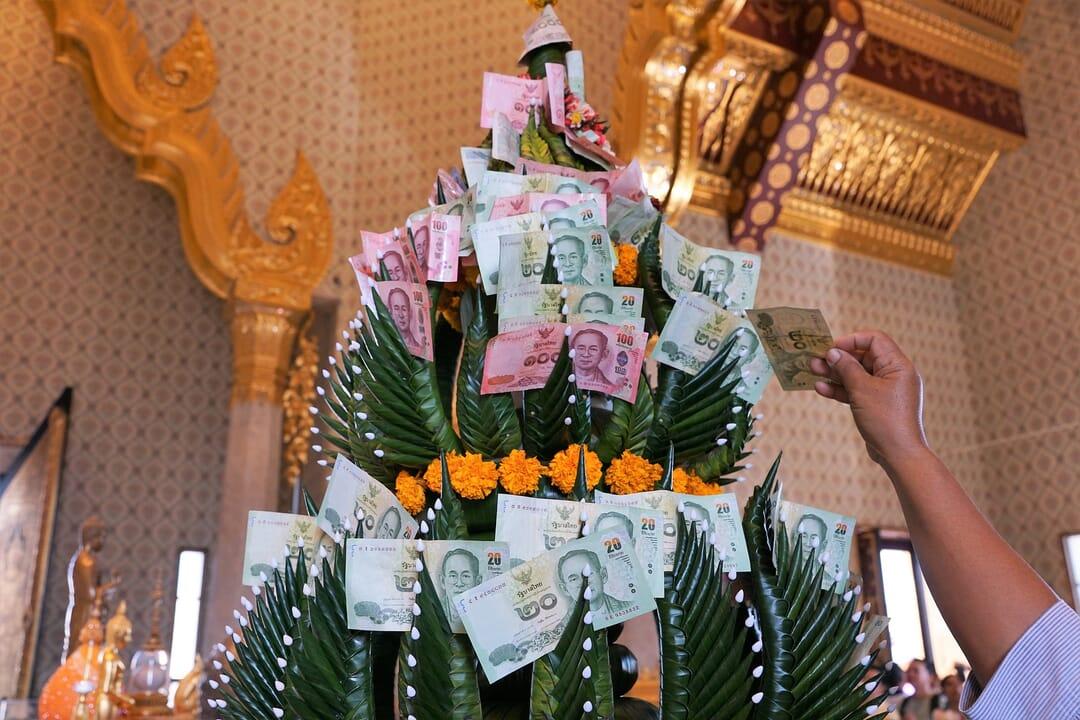 Adorno Moneda en Tailandia
