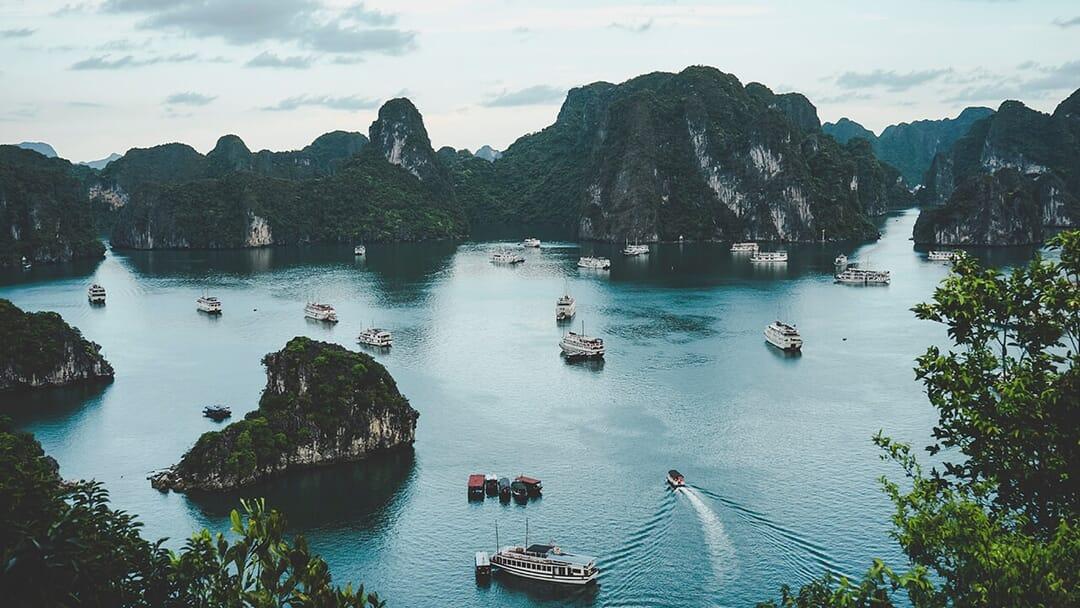 roaming vietnam