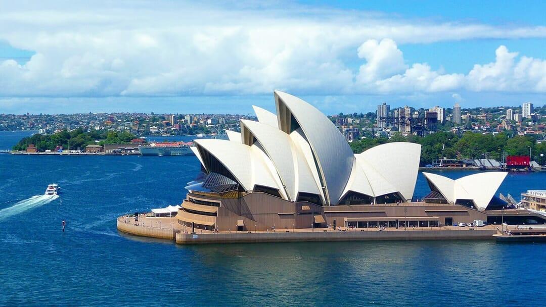 australia roaming