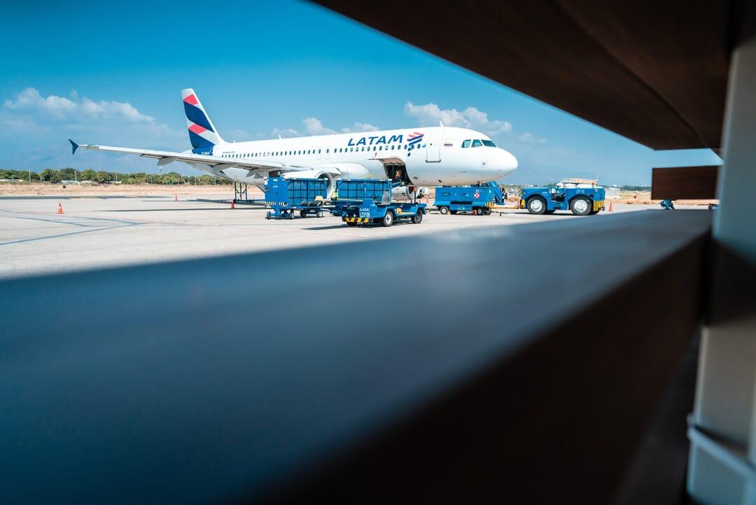 Avión de aerolínea Latam