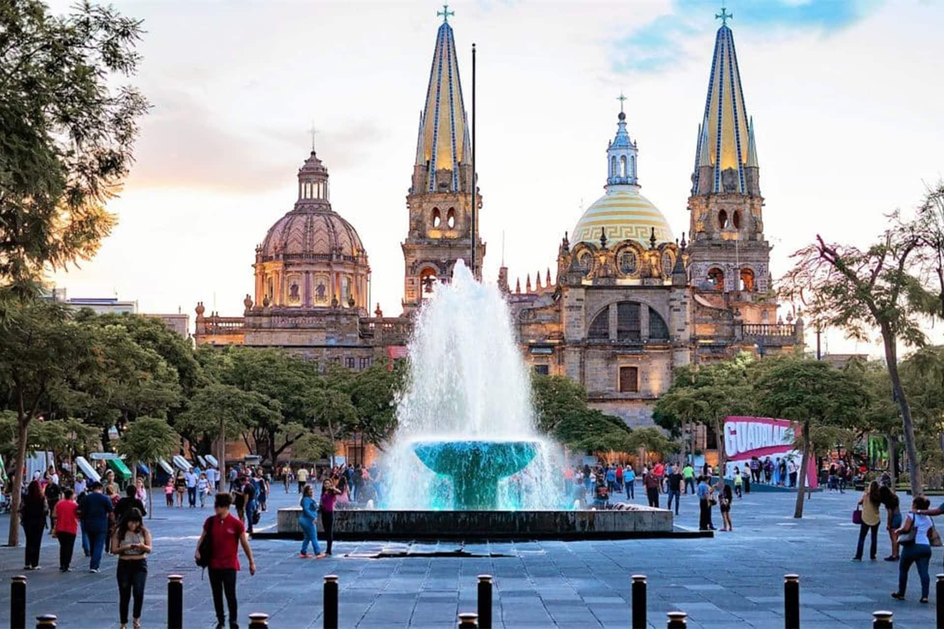 Plaza de la liberación en Guadalajara
