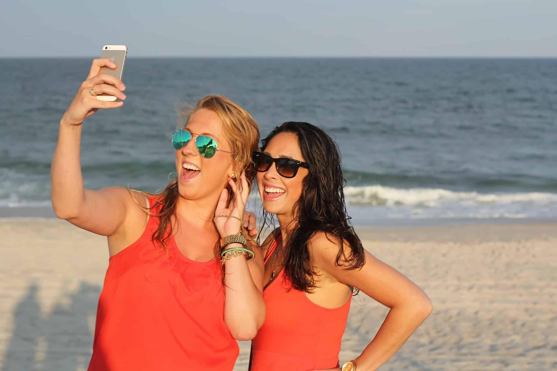 Disfruta de Punta Cana y comunícate con tu familia con tus datos móviles.